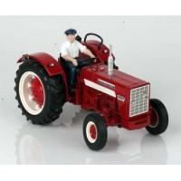 International Harvester 624 avec chauffeur